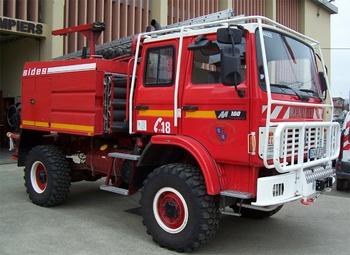 <h2>Camion-citerne pour feux de forêts - Eauze - Gers (32)</h2>