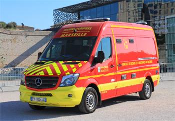 <h2>Véhicule de secours et d'assistance aux victimes -  ()</h2>