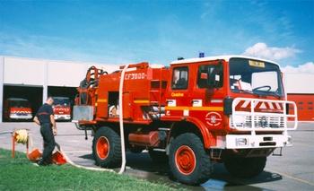 <h2>Camion-citerne pour feux de forêts - Salon-de-Provence - Bouches-du-Rhône (13)</h2>