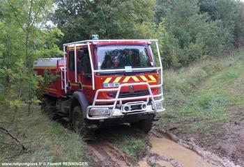 <h2>Camion-citerne pour feux de forêts - Sierck-les-Bains - Moselle (57)</h2>