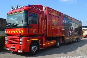 Véhicule tracteur, Sapeurs-pompiers, Meurthe-et-Moselle (54)