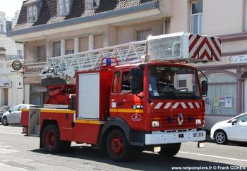 <h2>Echelle pivotante - Frévent - Pas-de-Calais (62)</h2>