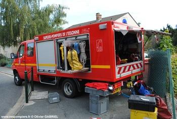 Véhicule pour interventions en milieu périlleux, Sapeurs-pompiers, Essonne (91)