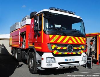Camion-citerne de grande capacité, Sapeurs-pompiers, Yvelines (78)
