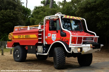 Camion-citerne pour feux de forêts, Sapeurs-pompiers, Charente-Maritime (17)