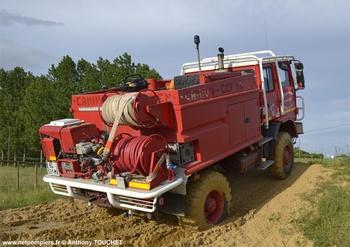 <h2>Camion-citerne pour feux de forêts - Durestal - Maine-et-Loire (49)</h2>