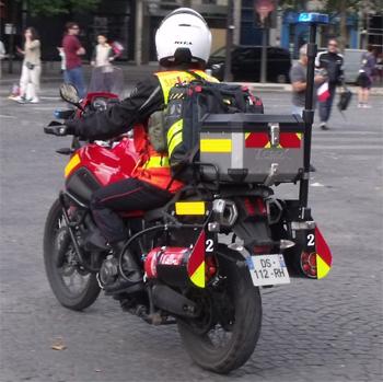 Moto d'intervention rapide, Sapeurs-pompiers de Paris,  ()