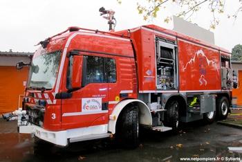 Véhicule de secours en tunnel, Service de sécurité incendie, Haute-Savoie (74)