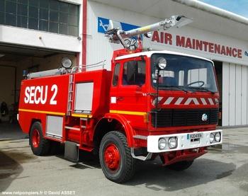 Véhicule pour interventions aéroportuaires, Service de sauvetage et de lutte contre l'incendie des aéronefs, Pas-de-Calais (62)