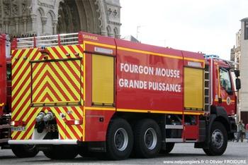 Véhicule mousse, Sapeurs-pompiers, Somme