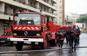 Véhicule porte-cellule, Sapeurs-pompiers, Rhône