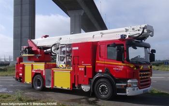 <h2>Camion bras élévateur articulé - Nantes - Loire-Atlantique (44)</h2>