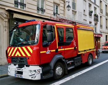 Fourgon-pompe tonne léger, Sapeurs-pompiers de Paris, Paris
