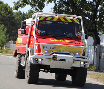 <h2>Camion-citerne pour feux de forêts - Arès-Lège - Gironde (33)</h2>