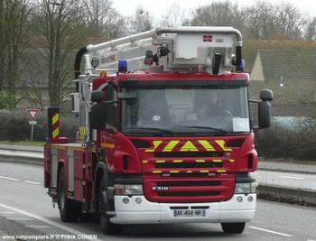 <h2>Camion bras élévateur articulé - Rennes - Ille-et-Vilaine (35)</h2>
