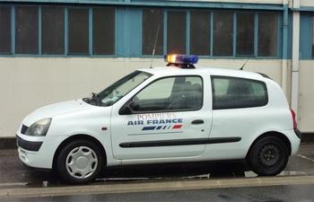 <h2>Véhicule de liaison - Le Bourget - Seine-Saint-Denis (93)</h2>
