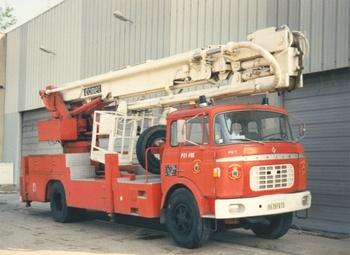 Camion bras élévateur articulé, Service de sécurité incendie, Bouches-du-Rhône (13)