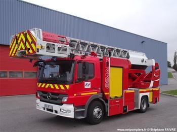 Echelle pivotante, Sapeurs-pompiers, Mayenne (53)