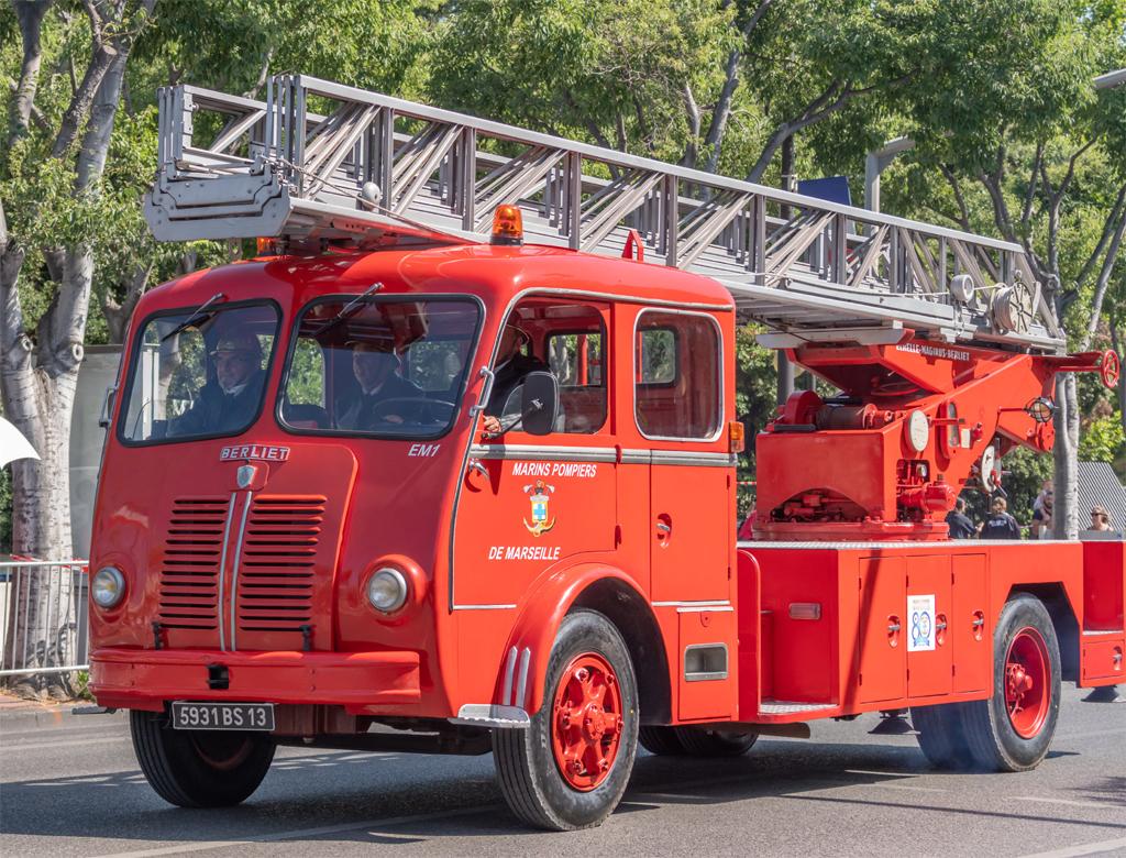 Echelle pivotante, Marins-pompiers de Marseille,  ()