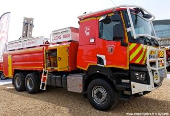 Camion-citerne pour feux de forêts, Sapeurs-pompiers, Charente (16)