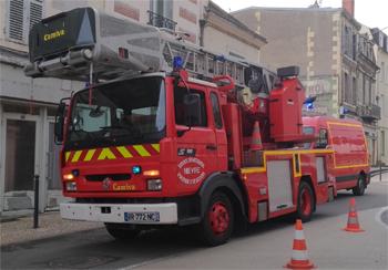 Echelle pivotante, Sapeurs-pompiers, Nièvre (58)