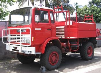 <h2>Camion-citerne pour feux de forêts - Petite-Île - La-Réunion (974)</h2>