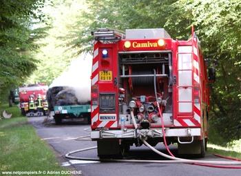 Fourgon-pompe tonne, Sapeurs-pompiers, Cher