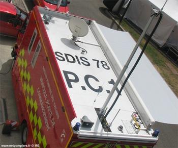 Véhicule poste de commandement, Sapeurs-pompiers, Yvelines (78)