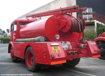 <h2>Camion-citerne d'incendie - Maze - Maine-et-Loire (49)</h2>