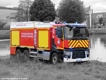 Véhicule mousse, Sapeurs-pompiers, Meuse (55)