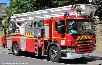 Camion bras élévateur articulé, Sapeurs-pompiers, Ille-et-Vilaine (35)