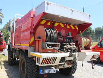 Camion-citerne pour feux de forêts, Sapeurs-pompiers, La-Réunion (974)