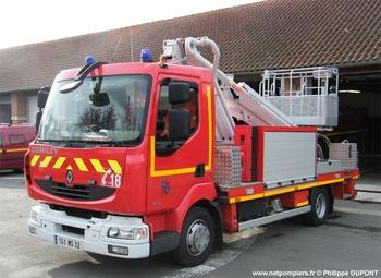 <h2>Camion bras élévateur articulé - L'Isle-Jourdain - Gers (32)</h2>
