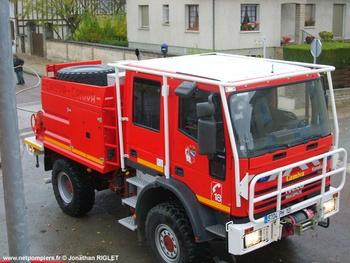 Camion-citerne pour feux de forêts, Sapeurs-pompiers, Aube (10)