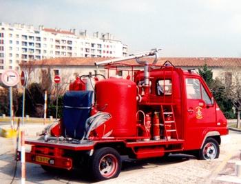 Véhicule mousse poudre, Marins-pompiers de Marseille, Bouches-du-Rhône (13)