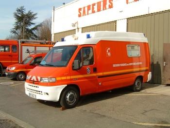 <h2>Véhicule de secours et d'assistance aux victimes - Bois-d'Arcy - Yvelines (78)</h2>
