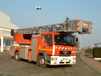 <h2>Echelle pivotante - Magnanville - Yvelines (78)</h2>