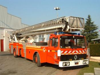 Camion bras élévateur articulé, Sapeurs-pompiers, Yvelines (78)