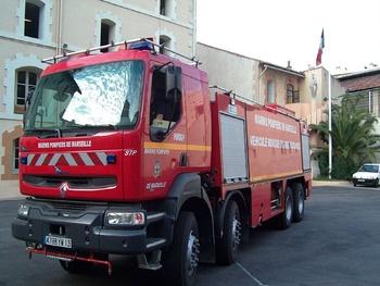Véhicule mousse, Marins-pompiers de Marseille, Bouches-du-Rhône (13)