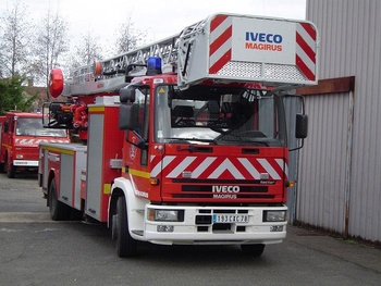 Echelle pivotante, Sapeurs-pompiers, Yvelines