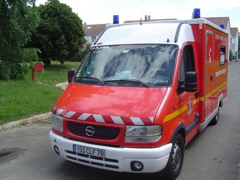 <h2>Véhicule de secours et d'assistance aux victimes - Plaisir - Yvelines (78)</h2>