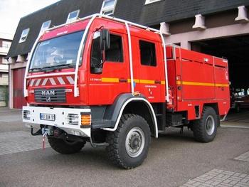 <h2>Camion-citerne pour feux de forêts - Hagondange - Moselle (57)</h2>