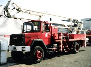 <h2>Camion bras élévateur articulé - Creil - Oise (60)</h2>