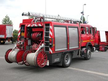 <h2>Fourgon-pompe tonne - Mennecy - Essonne (91)</h2>
