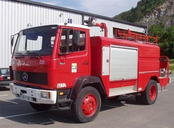 <h2>Camion-citerne d'incendie - Foix - Ariège (09)</h2>