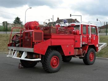 <h2>Camion-citerne pour feux de forêts - Poissy - Yvelines (78)</h2>