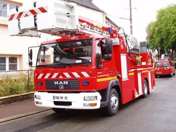 Echelle pivotante, Sapeurs-pompiers, Eure-et-Loir (28)