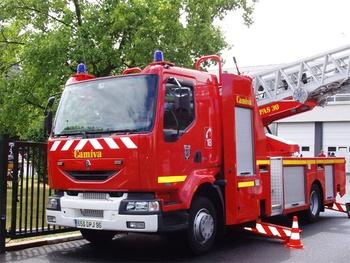 Echelle pivotante, Sapeurs-pompiers, Val-d'Oise (95)