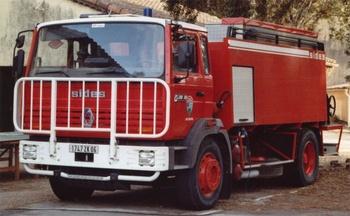 <h2>Camion-citerne d'incendie - Cannes - Alpes-Maritimes (06)</h2>