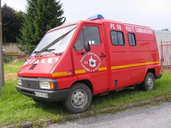 <h2>Véhicule poste de commandement - Charleville-Mezieres - Ardennes (08)</h2>